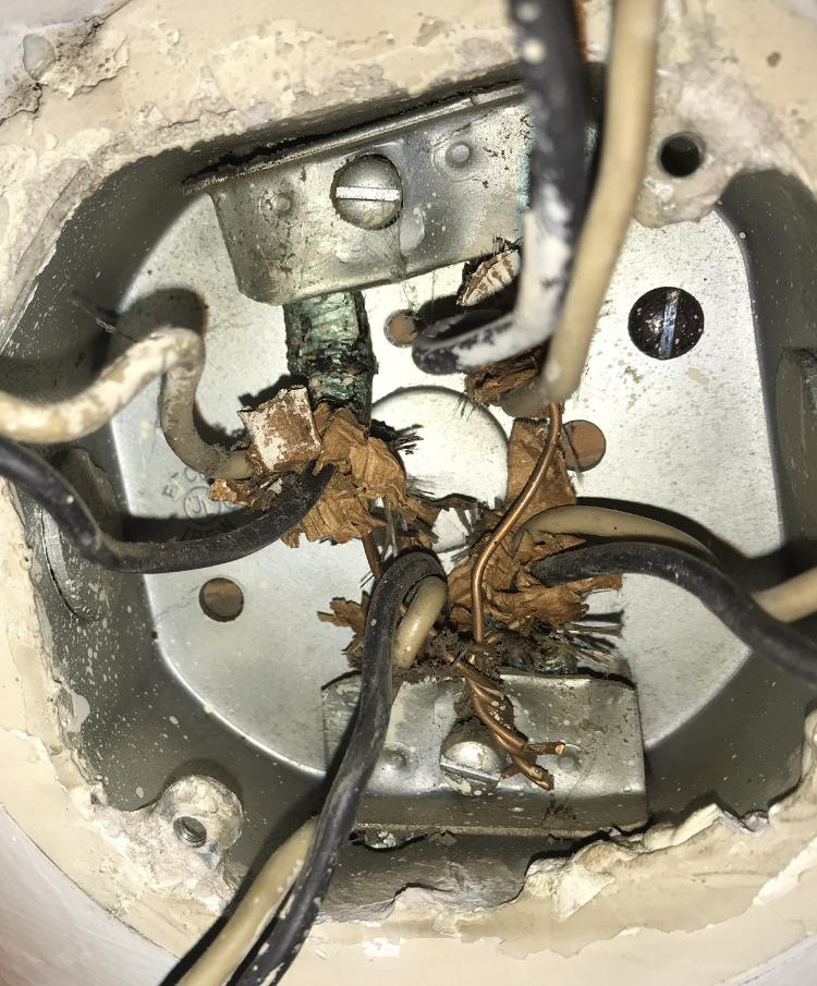 History of Old electrical wiring identification: photo guide on tube assembly, tube fuses, tube dimensions, tube terminals,